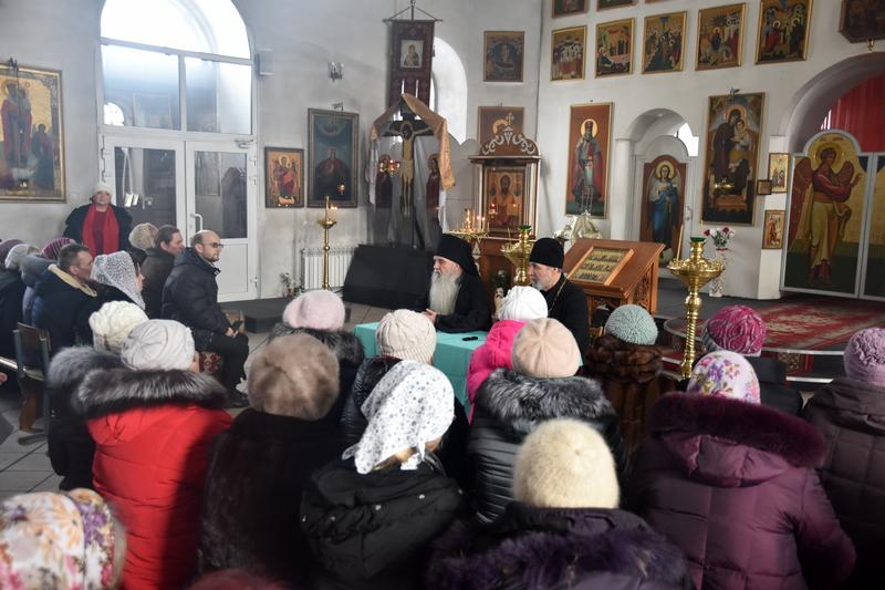 Встреча епископа Каменского и Камышловского Мефодия с работниками приходов Каменской епархии