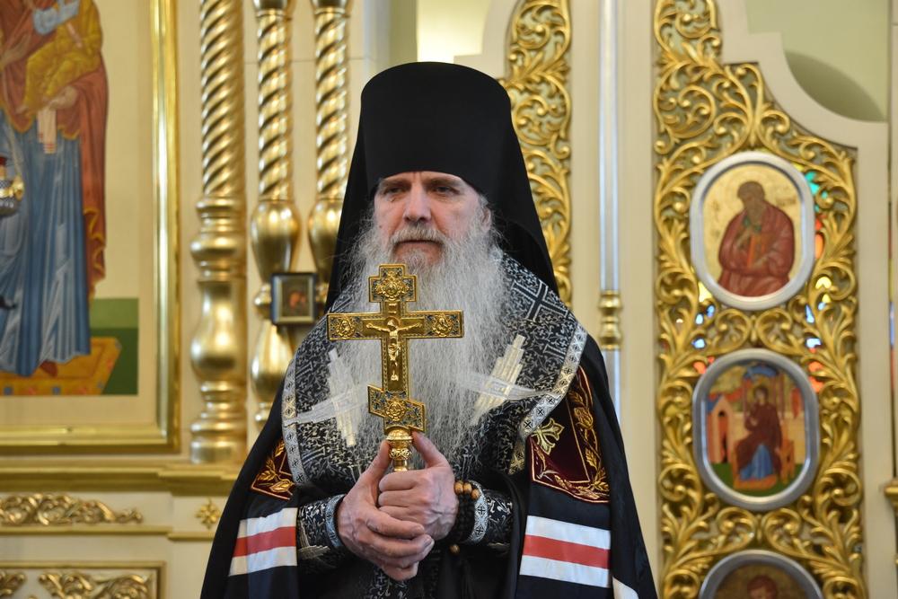 Епископ Мефодий возглавил вечерню с чином прощения в Свято-Троицком кафедральном соборе