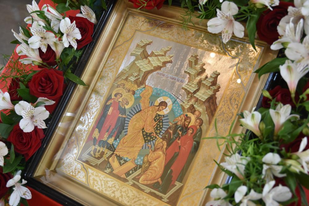 Архиерейская литургия состоится в Пасхальную ночь