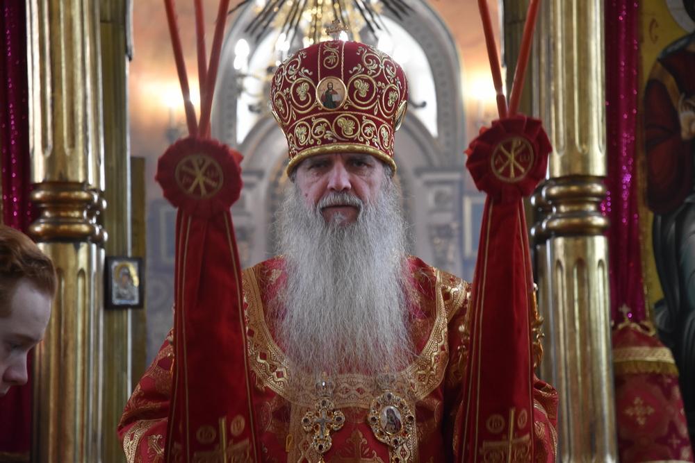 Владыка Мефодий совершил Божественную Литургию в Антипасху