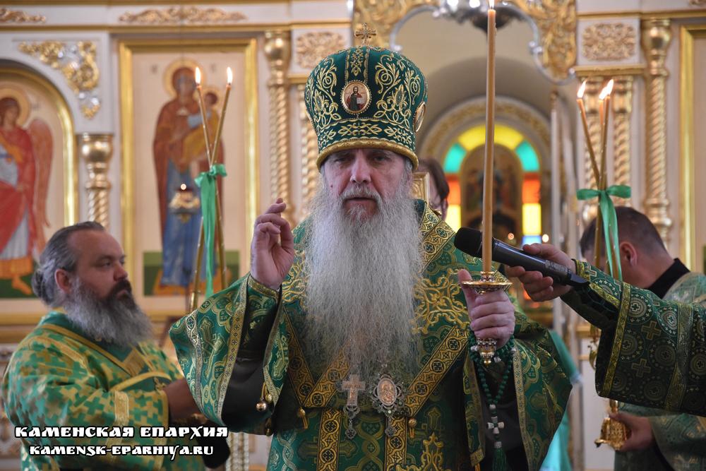 Владыка Мефодий возглавил вечернее богослужение в канун дня памяти преподобного Мефодия Пешношского