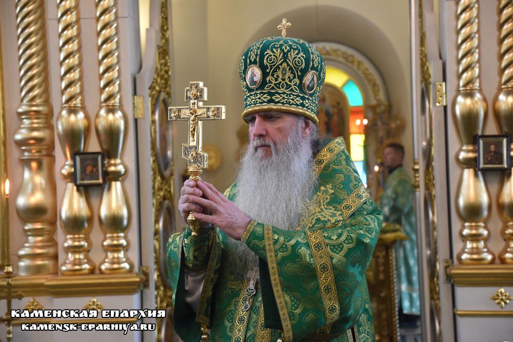 Епископа Каменского и Камышловского Мефодия поздравили с днем тезоименитства (репортаж ТК «Союз»)