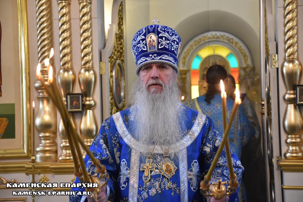 Литургию в день иконы Божией Матери Боголюбская возглавил епископ Мефодий