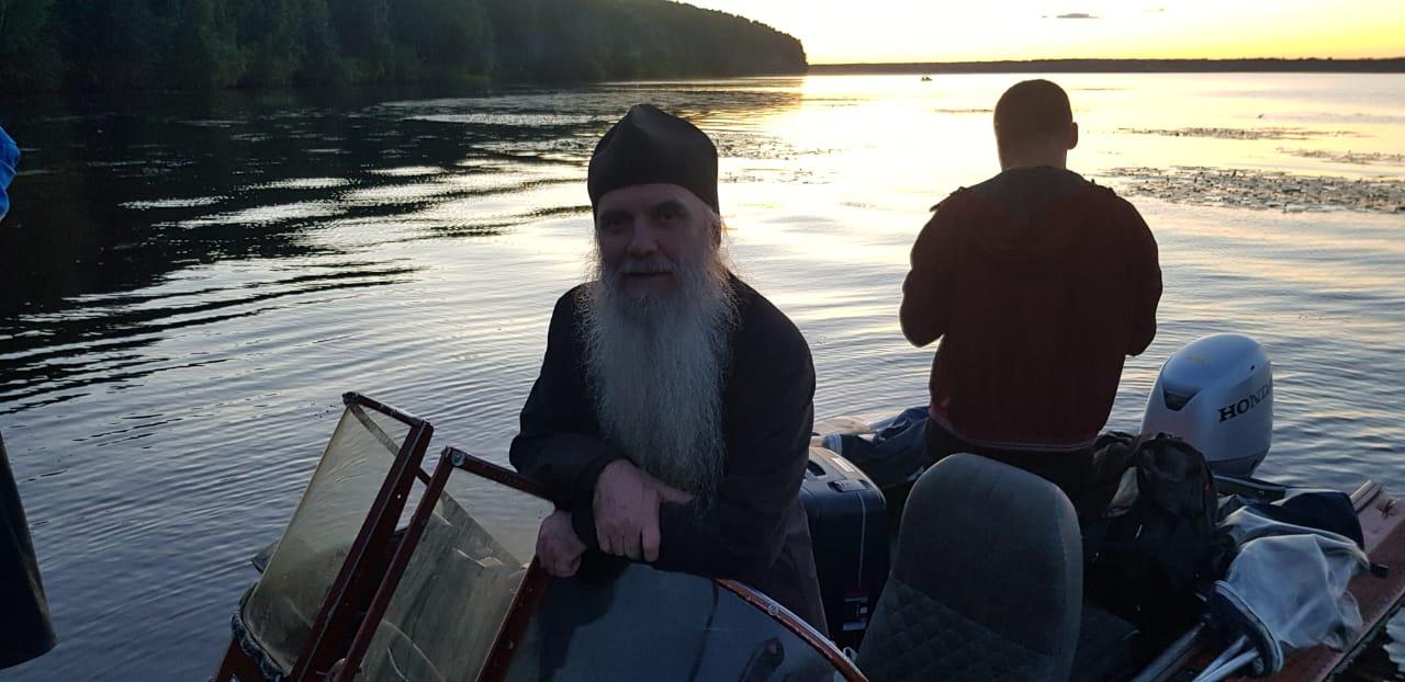 Свято-Георгиевский приход встречает владыку Мефодия