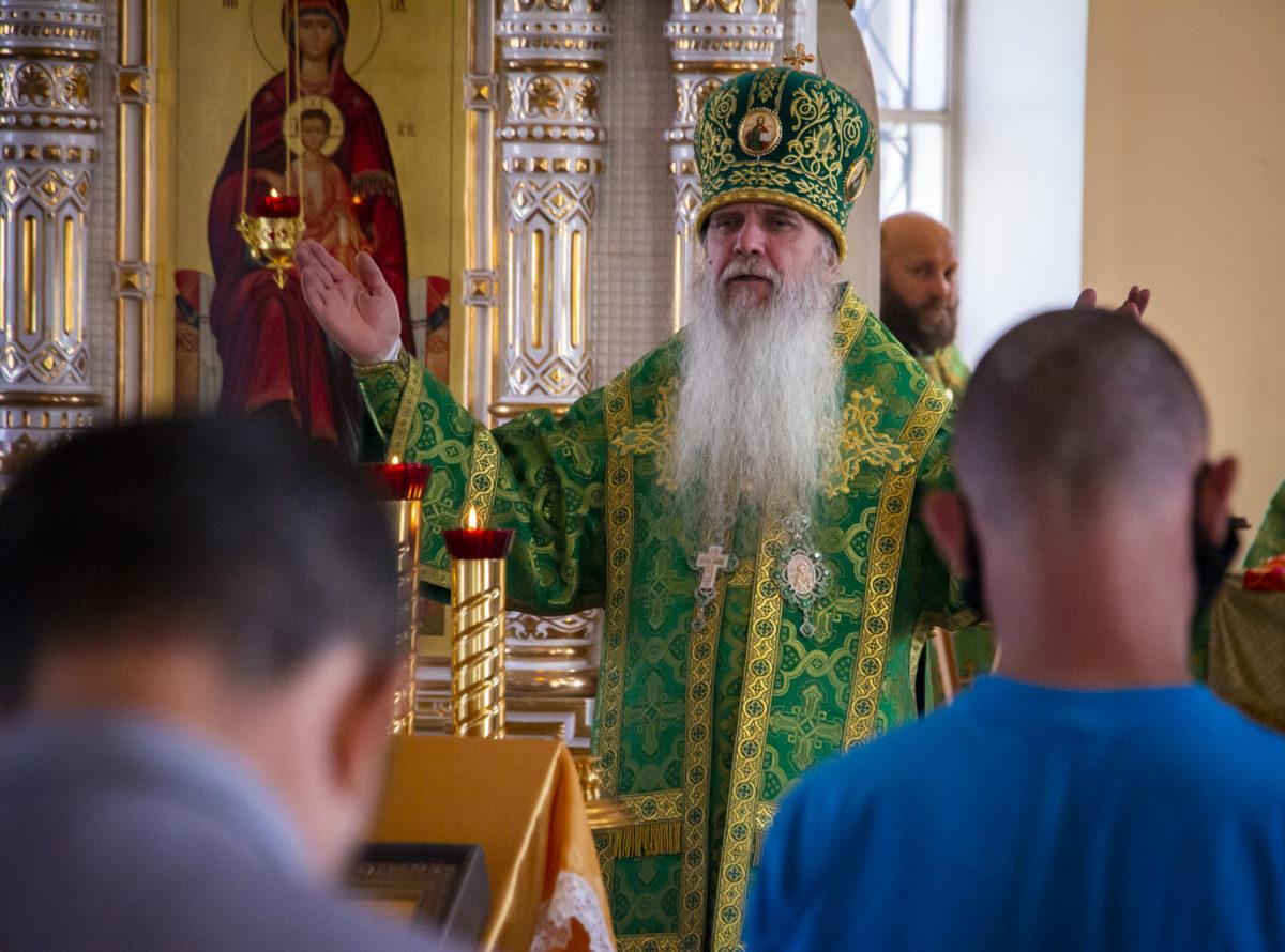 Божественная литургия и встреча с воспитанниками и специалистами ресурсного центра в селе Малобрусянское