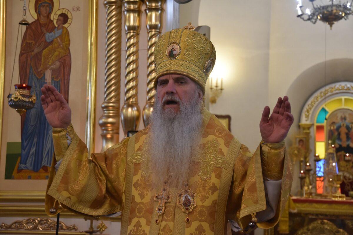 В день заговенья на Рождественский пост епископ Мефодий совершил Литургию