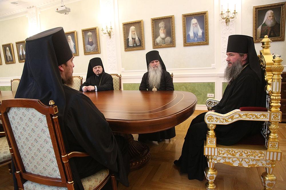 Архипастыри Екатеринбургской митрополии на Архиерейском совете выразили благодарность владыке Кириллу