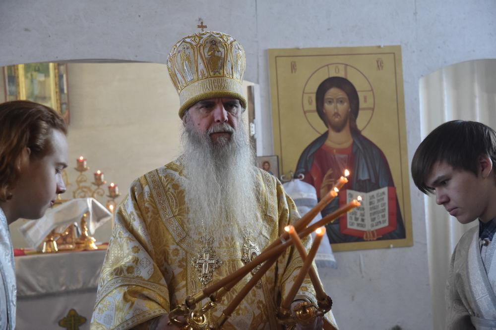 Владыка Мефодий возглавил Литургию в храме Рождества Христова с. Кулики