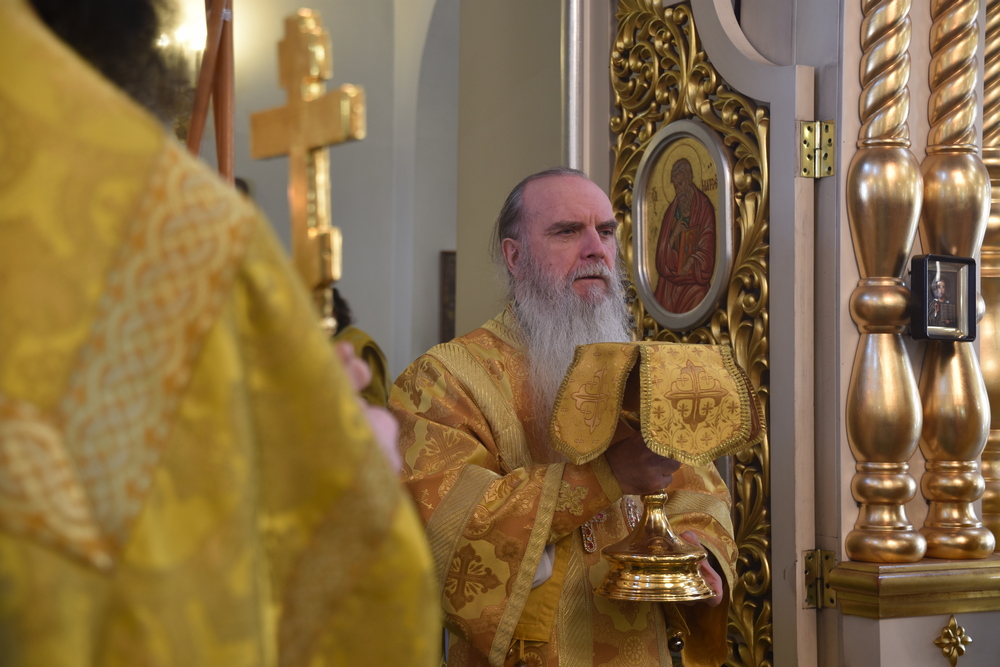 В неделю 34-ю по Пятидесятнице епископ Мефодий совершил Литургию