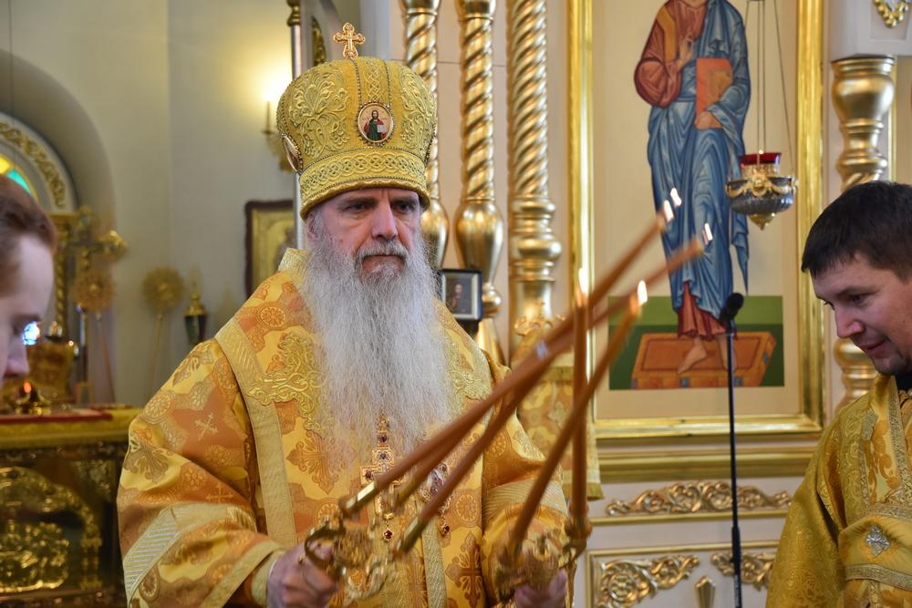 В неделю о блудном сыне в кафедральном соборе Каменской епархии состоялась архиерейская Литургия