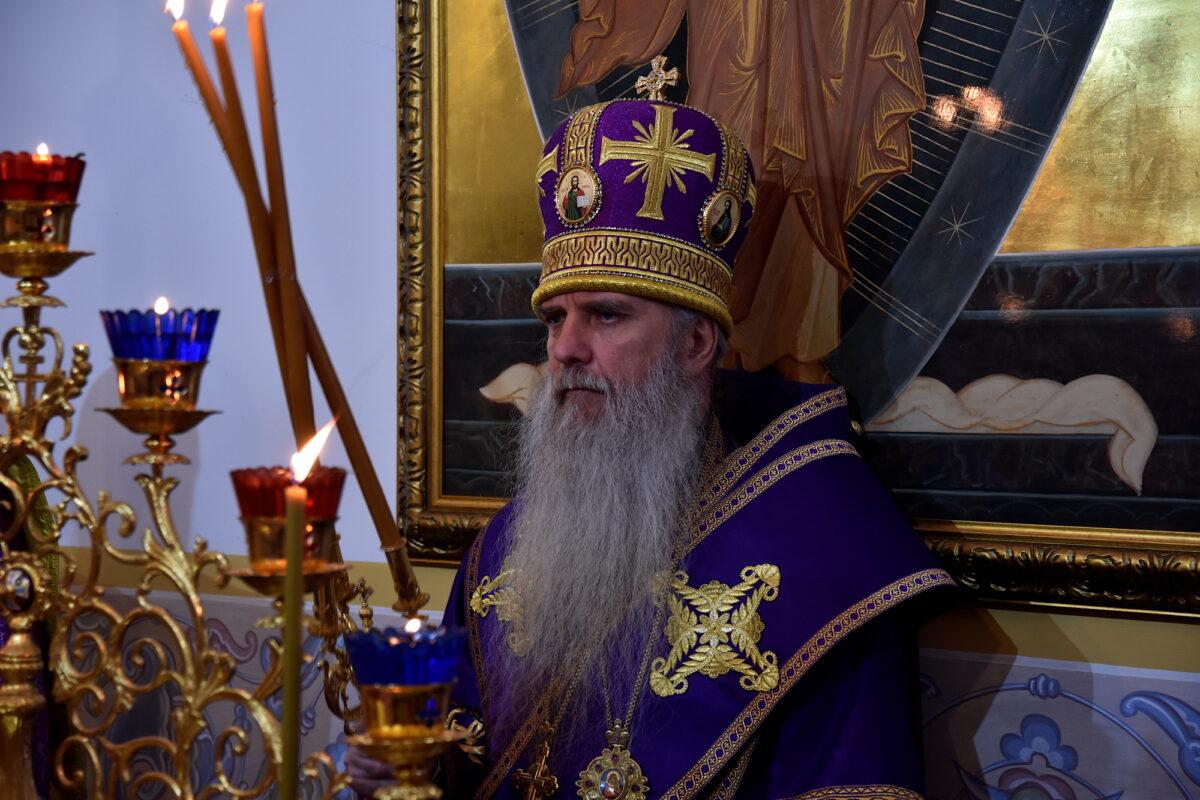 Епископ Мефодий возглавил Литургию в храме апостола Андрея Первозванного пос. Верхнее Дуброво