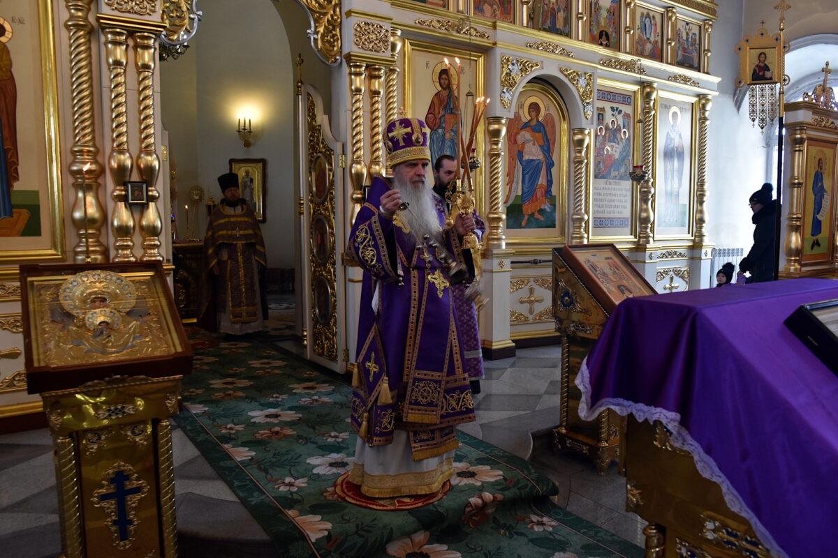 Преосвященнейший Владыка Мефодий совершил Литургию в день Торжества Православия