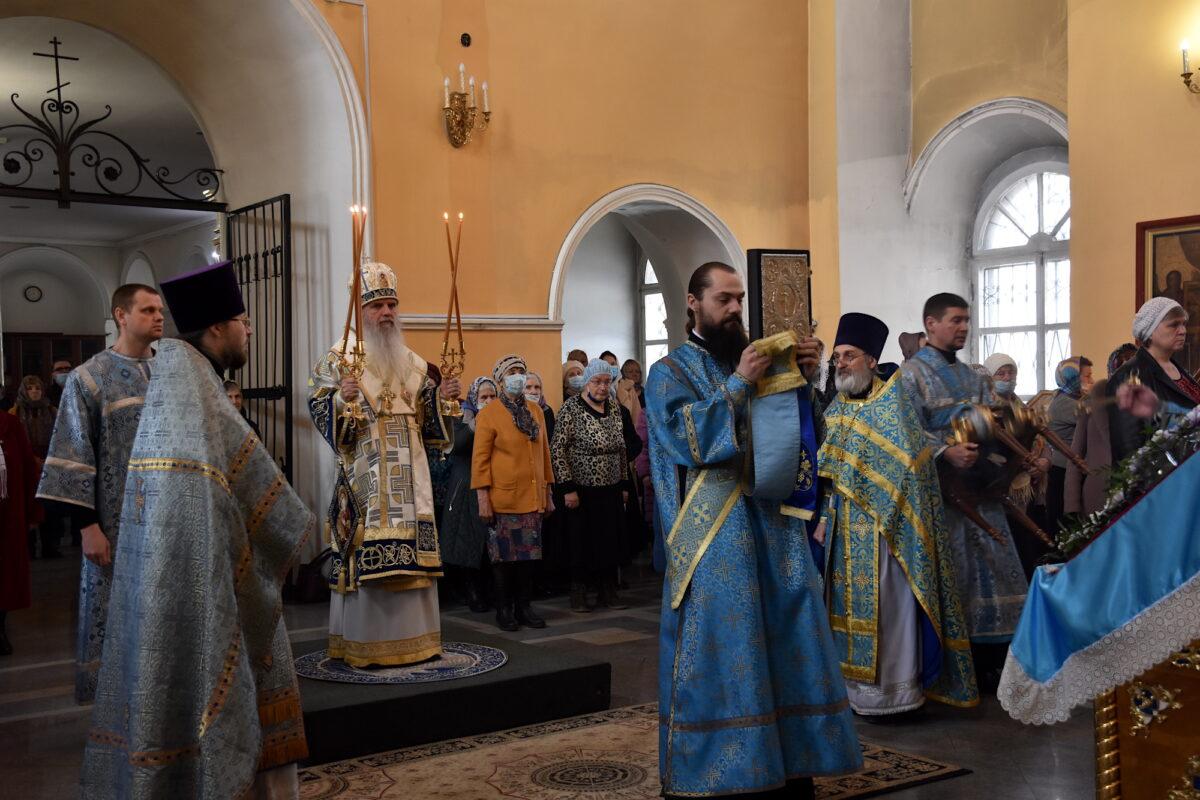 В Благовещение Пресвятой Богородицы епископ Мефодий совершил Божественную литургию