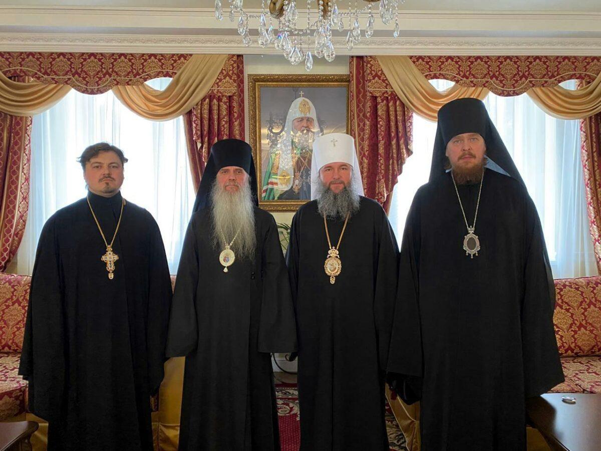 Архиерейский совет Екатеринбургской митрополии прошел в уральской столице