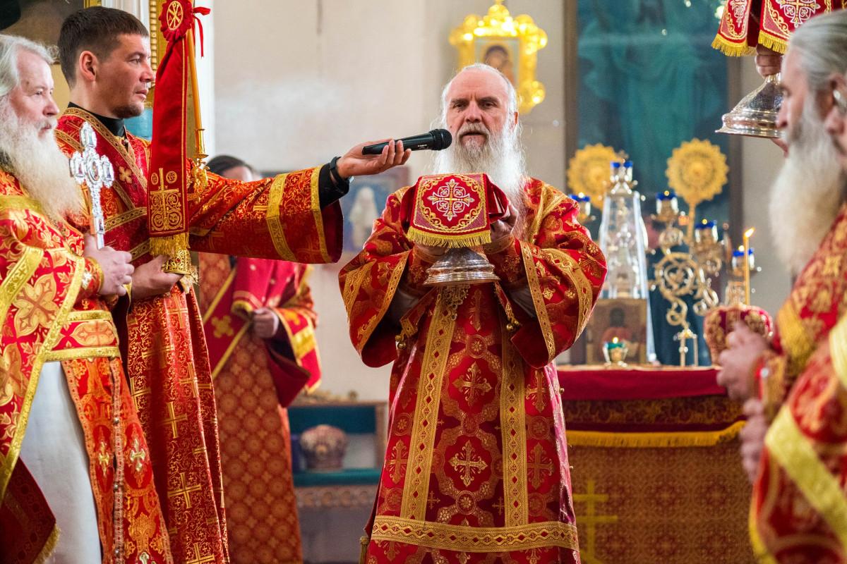 Пасхальное архиерейское богослужение в Алапаевске