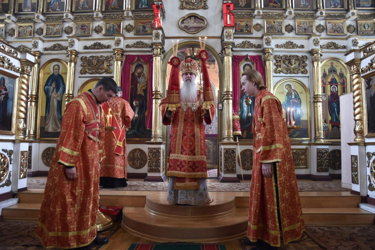 В Антипасху епископ Мефодий совершил Литургию в Покровском храме с. Волково