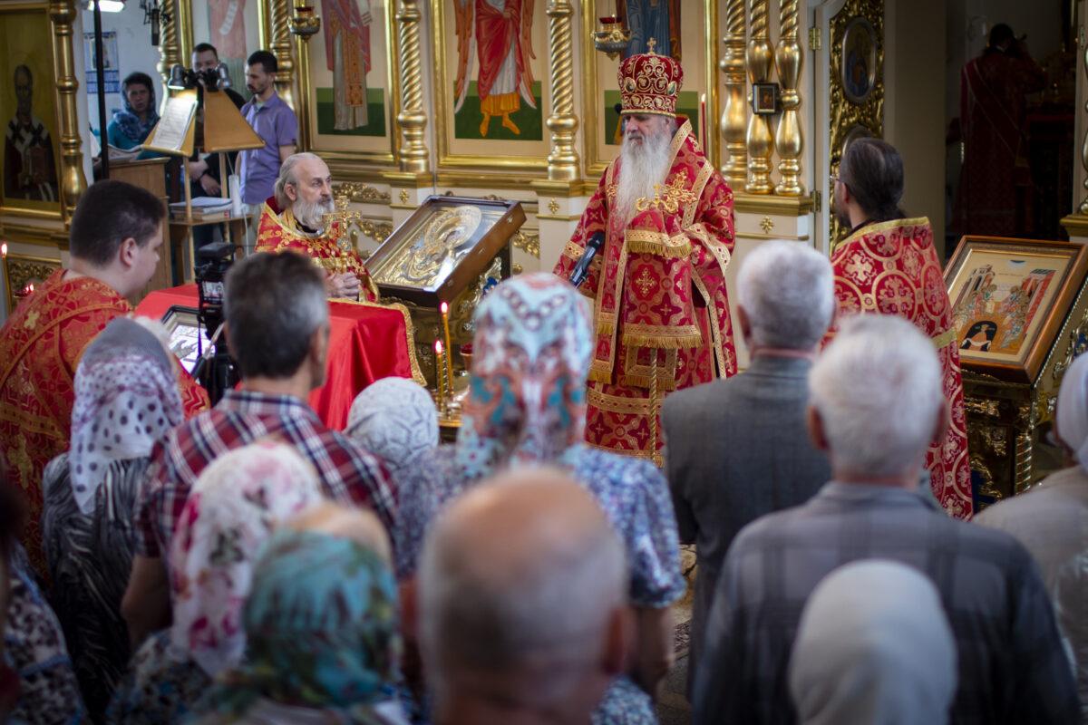 Владыка Мефодий пригласил жителей Каменска-Уральского принять активное участие в «Белом цветке»