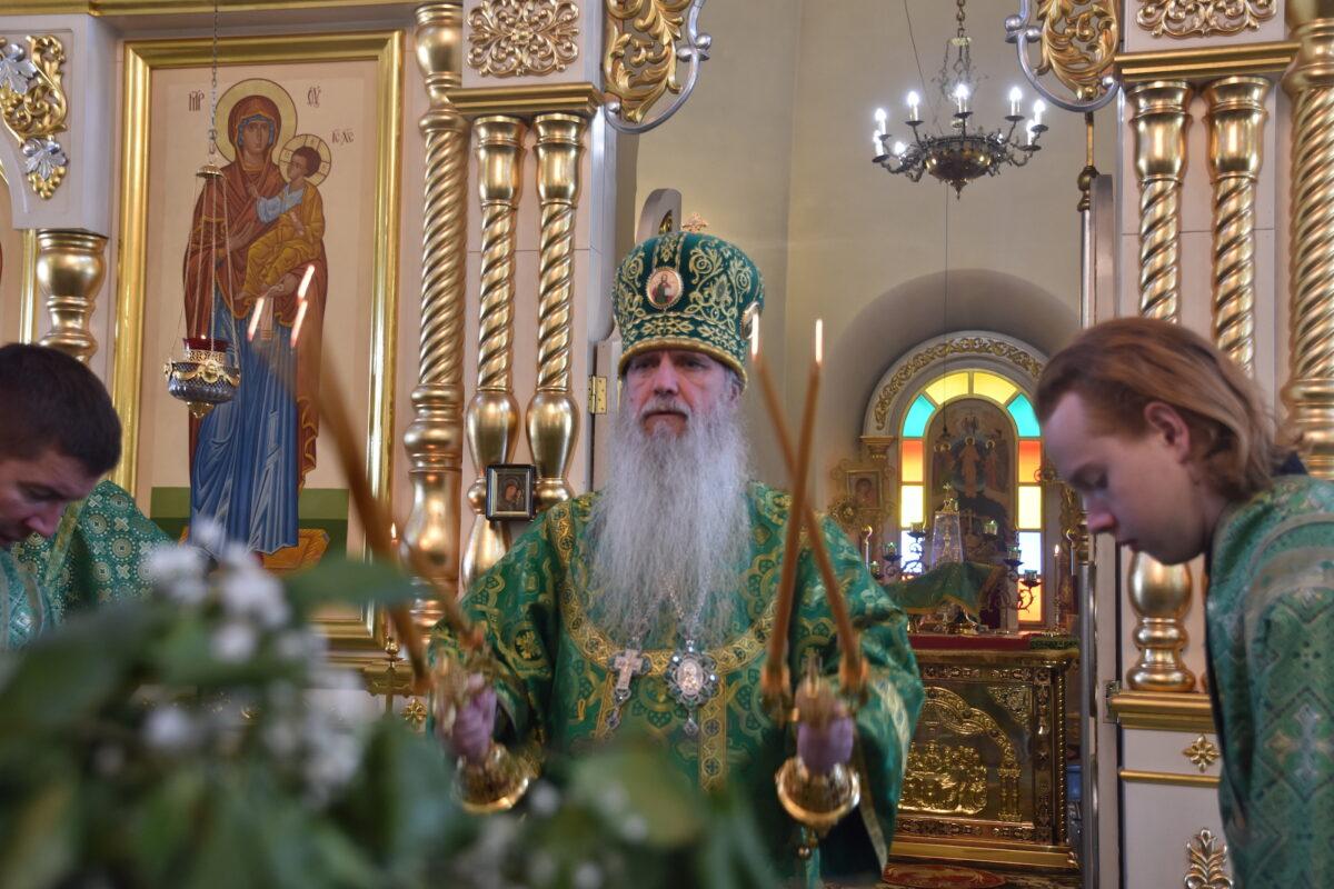 Архиерейская литургия состоялась в Свято-Троицком кафедральном соборе