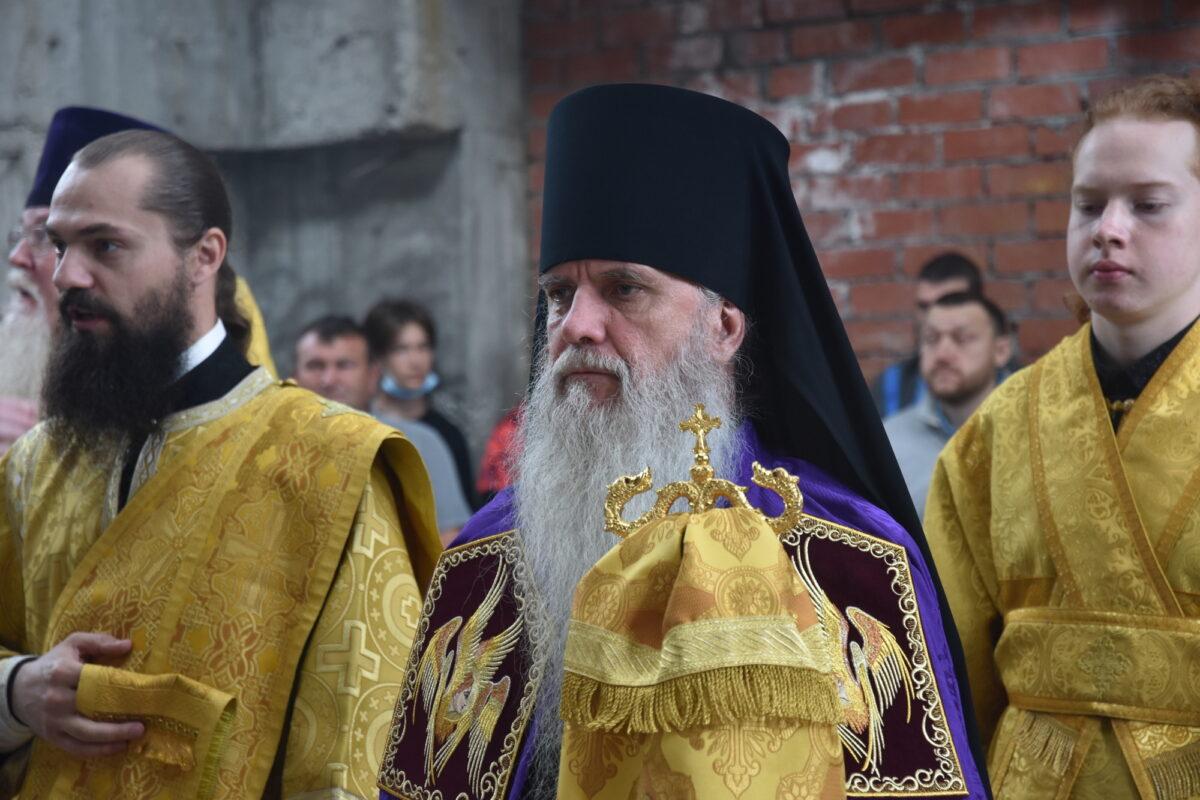 В престольный праздник архиерейского подворья во имя пророка Елисея состоялась Литургия