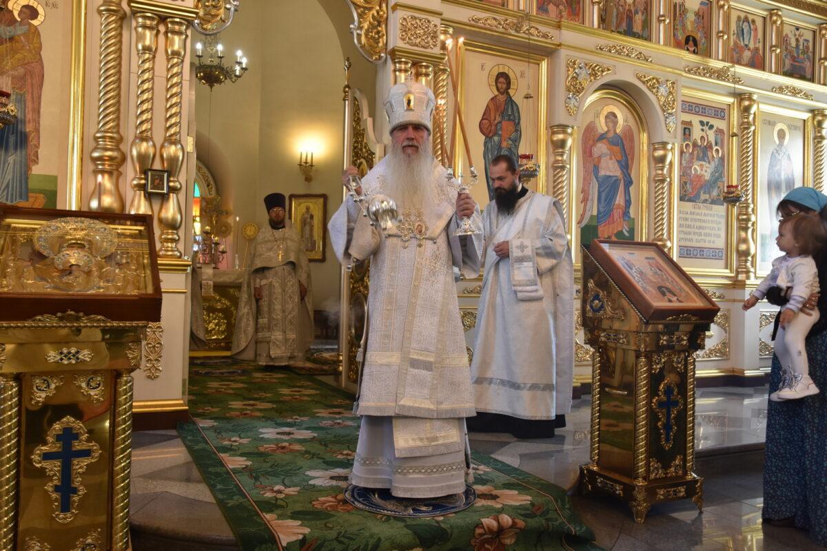 В Рождество Иоанна Предтечи епископ Мефодий совершил Литургию