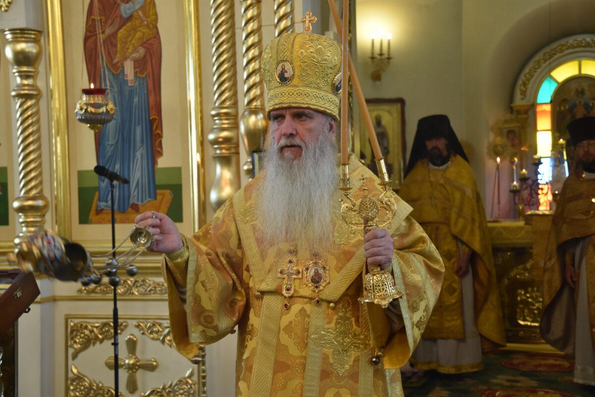 В день апп. Петра и Павла епископ Мефодий совершил Литургию