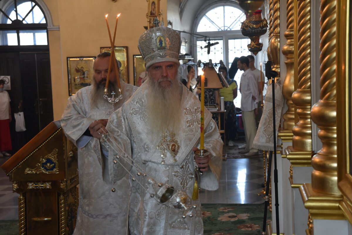 В канун Преображения Господня епископ Мефодий совершил Всенощное бдение