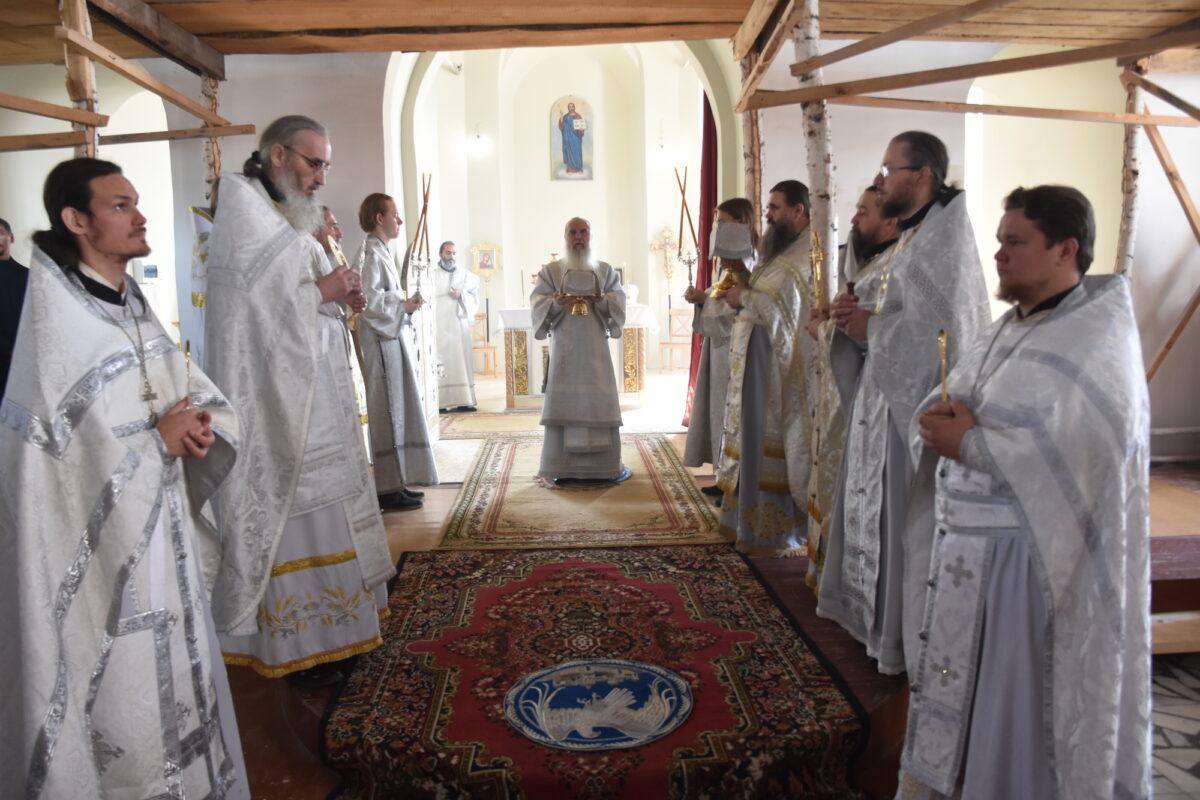 Епископ Мефодий посетил с пастырским визитом Камышлов