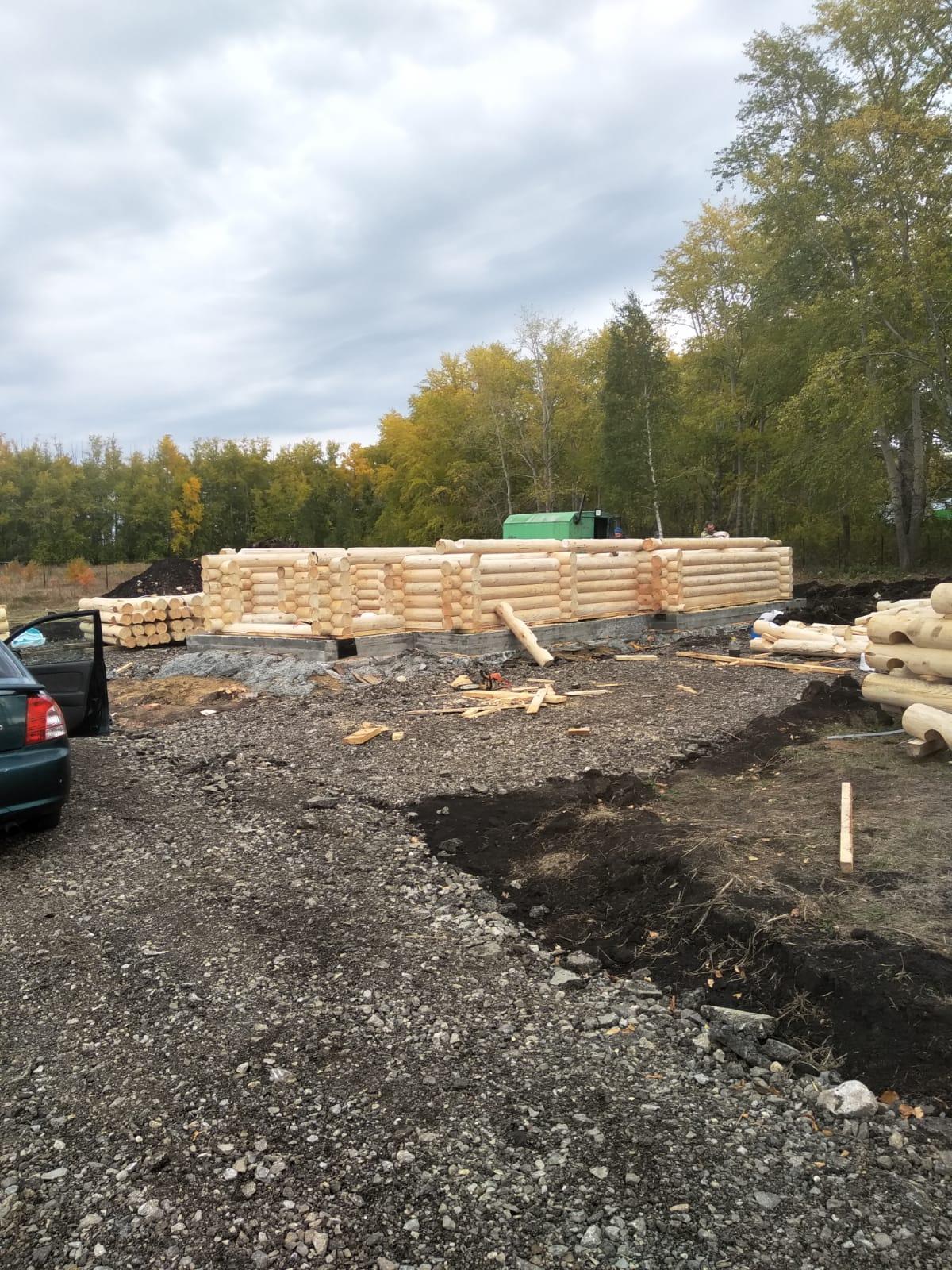 Продолжается строительство храма прп. Далмата Исетского