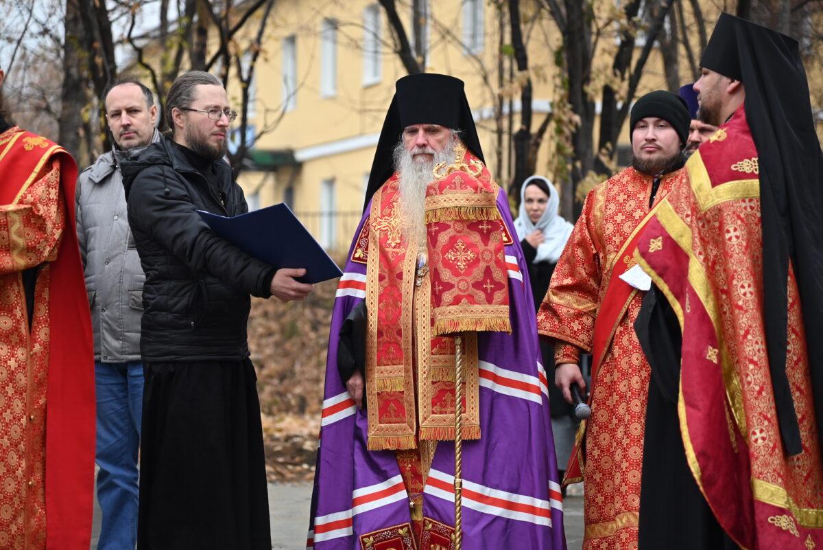 В Алапаевске освящен крест на месте возведения будущего храма Александра Невского