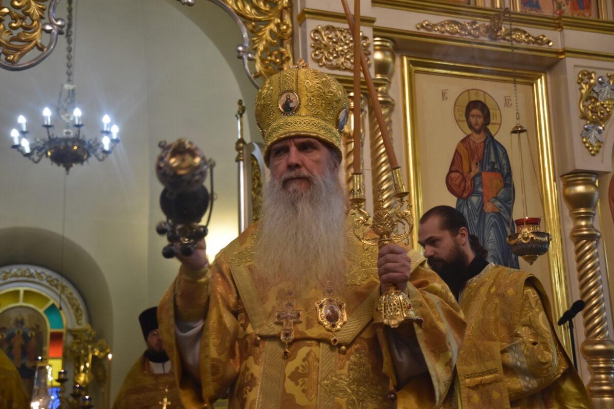 Епископ Мефодий совершил Литургию и диаконскую хиротонию